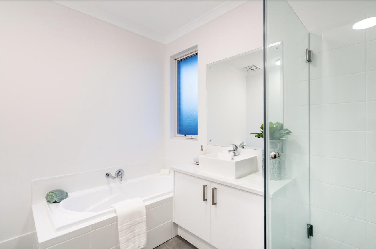 full framed shower screen